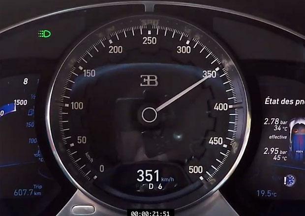 Sledujte zrychlení Bugatti Chiron z 0-351 km/h. Digitální tachometr nestíhá…