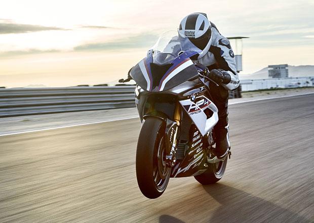 BMW HP4 RACE má 215 koní na pouhých 171 kg