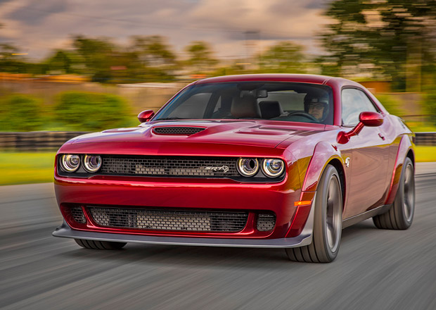 Dodge Challenger SRT Hellcat Widebody navazuje na Demon