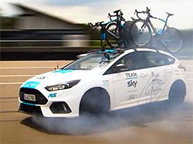 Na Tour de France se ukázal speciální Ford Focus RS. Je jediný na světě!