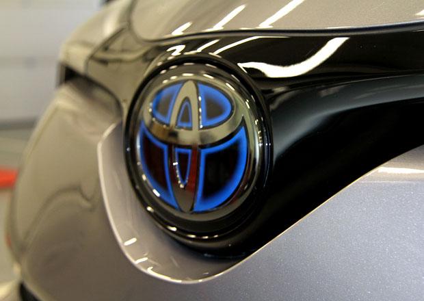 Toyota chystá revoluční elektromobil. Bude to japonská Tesla?