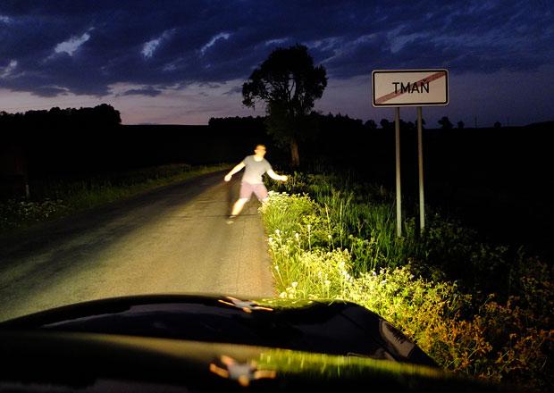 Rok a půl s povinnými reflexními prvky: Skutečně zachraňují chodce?