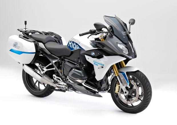 BMW R 1200 RS ConnectedRide: Jízdní asistenty i pro motorky!