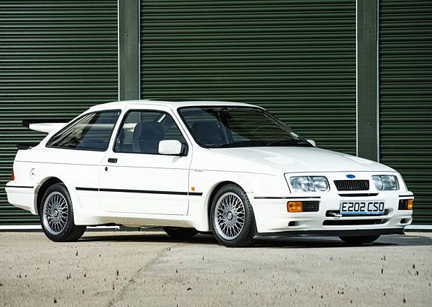 Ford Sierra Cosworth RS500: Skoro nejetý kousek vydražen za raketu