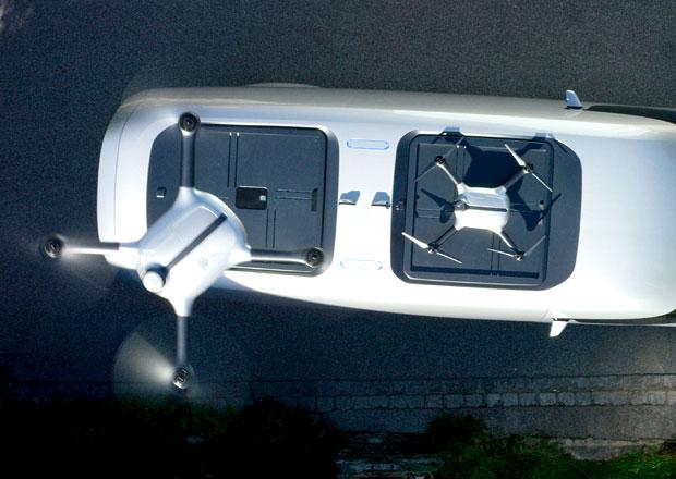 Další nápad na nabíjení elektromobilů. Postarají se o to drony...
