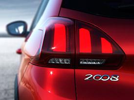 Peugeot pracuje na nové 2008. Co od malého SUV čekat?