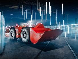 Sandvik předvedl schopnosti autonomního řízení důlního nakladače ve skleněném bludišti
