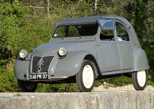 Citroën 2 CV: Kachna měla premiéru před 70 lety