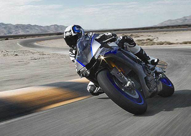 Yamaha zve majitele YZF-R1M na Racing Experience 2019