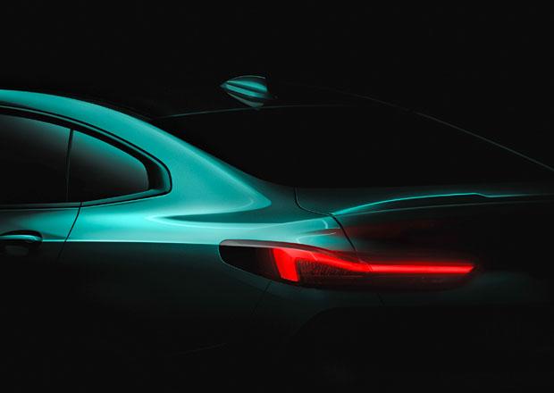 BMW poodhaluje nové 2 Gran Coupé. Mnichovské CLA dorazí ještě letos