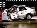 Crash test Geely CK1: Bez bodů od Latin NCAP (video)