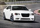 Chrysler 300 SRT je v ohrožení