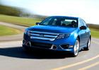 Úřad v USA zkoumá závadu posilovače u téměř milionu vozů Ford