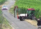 Video: To bylo těsné! Hyundai i20 WRC při tréninku málem trefil traktor