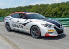 Nissan Maxima slouží ve Virginii jako Safety Car