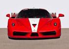 "Ferrari FXX podepsané ""Schumim"" míří do aukce"