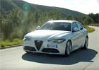 Alfa Romeo Giulia poprvé v pohybu: Video plné čiré dokonalosti!