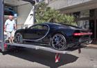 Video: Jedno z prvních Bugatti Chiron dorazilo do Monaka. V náklaďáku!