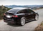 Tesla má za sebou rekordní kvartál, ale nový Model 3 s pochybnostmi