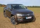 Modernizovaný VW Amarok poprvé na českých silnicích. Je šestiválec trefa do černého?