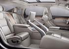 Volvo S90 Excellence: Tři místa a odkládací schránka na boty