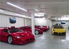 Ferrari za miliardu: David Lee se svojí sbírkou netroškaří!