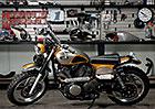 Yamaha SCR950: Zlatý scrambler od Jeff Palhegyi Design