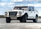 Lamborghini LM002: K mání je takřka nejeté Rambo Lambo. Za osm milionů!
