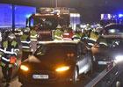 Řidič tesly vybrzdil Volkswagen Passat a stal se hrdinou
