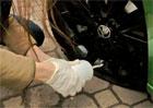 Defekt pneumatiky - Jak se používá lepicí sada? A opravdu funguje?