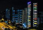V Singapuru lze luxusní vůz objednat v automatu...