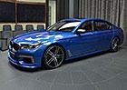 BMW M760Li xDrive v barvě Estoril Blue: Luxusní limuzína, nebo sporťák?