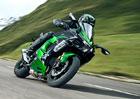 Kawasaki Ninja H2 SX je monstrózní cesťák s kompresorovým čtyřválcem