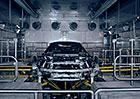 Premiéra BMW i8 Roadster se blíží. Nahlédněte do jeho továrny