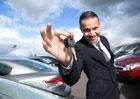 Dlouhé čekací lhůty: Proč se na nové auto čeká rok i víc?