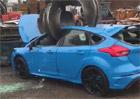 Zcela nový Focus RS zničil jeřáb na vrakovišti. O pomstu ale nešlo